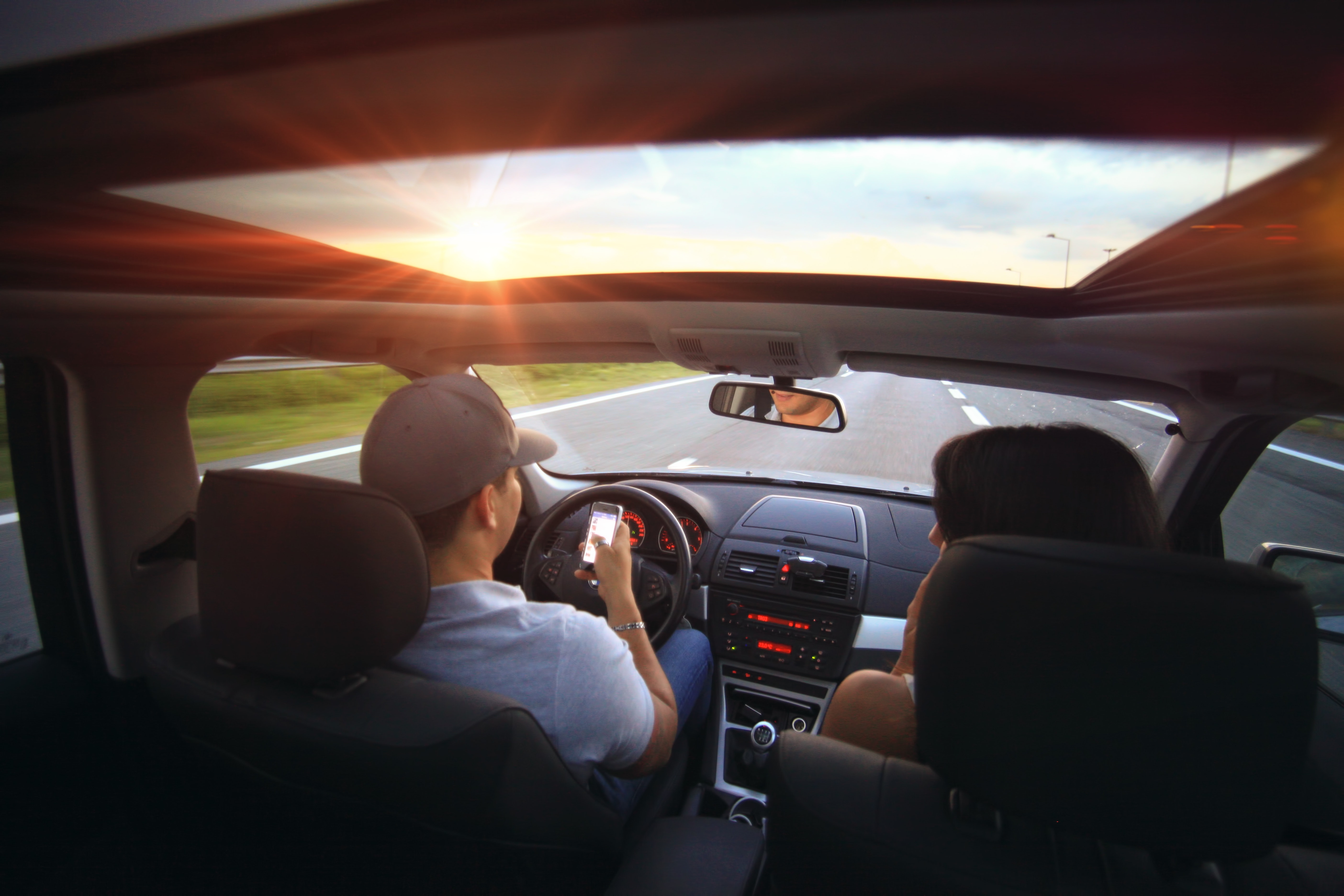 How to Stop Yourself from Driving Distracted